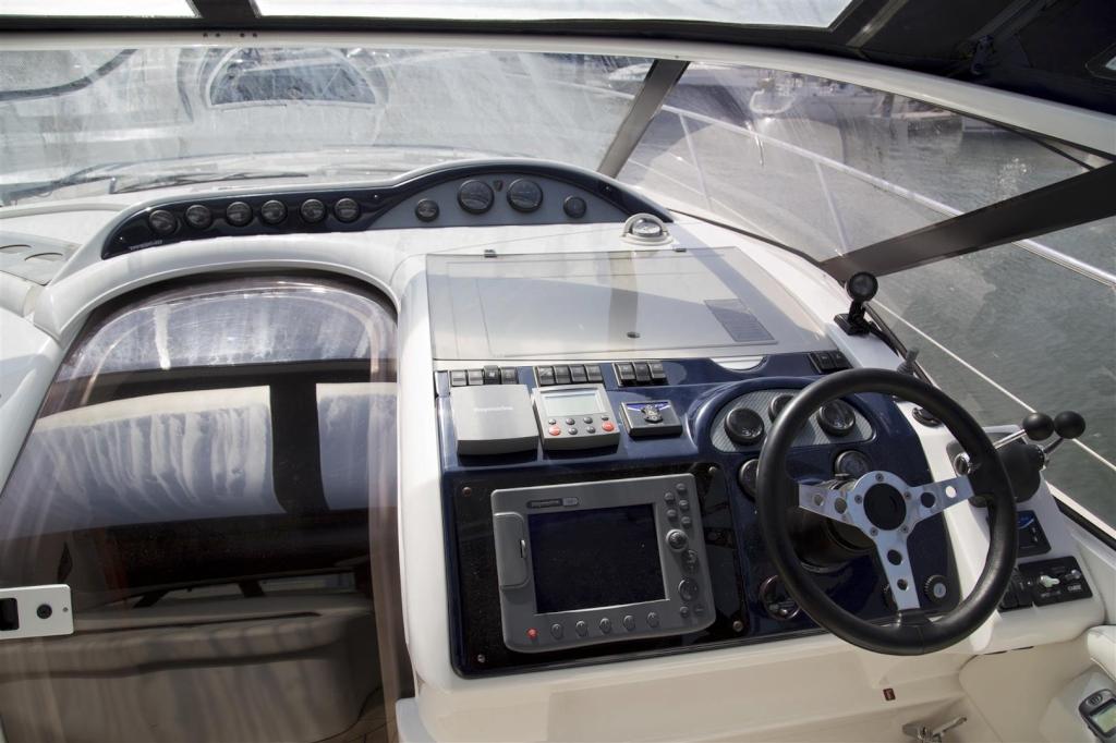 Fairline Targa 40 til salg. Dansk Yacht Import