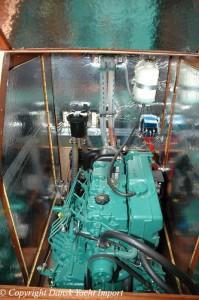 18-bavaria-44-2004-motor