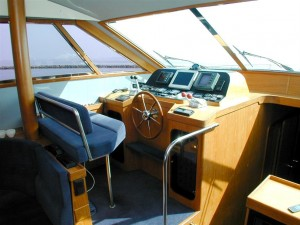11-royal-yacht-520-pantera-1992-styreplads-1